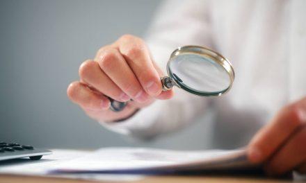 Qual a importância da verificação de requisitos em projetos?
